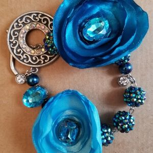 Jewelry - Teal and Blue Floral Bracelet